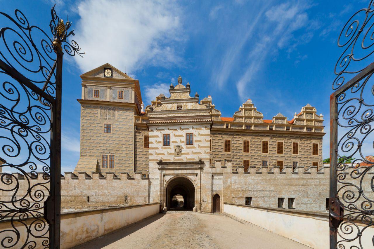 Státní hrad a zámek